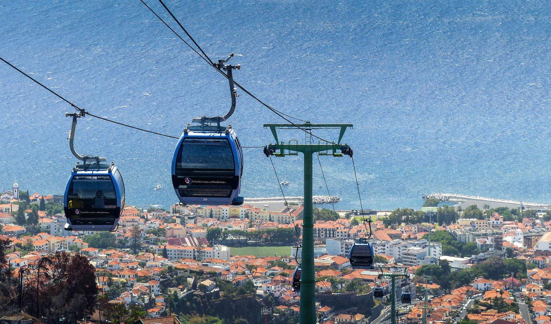 Téléphérique vers le jardin tropical, Funchal, Madere