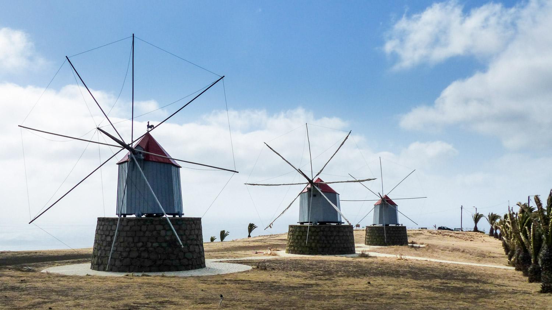 Moulins à vent à Porto Santo, Madere